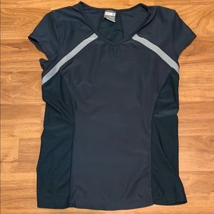 Women's Nike Fit Dry Top, size small